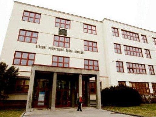 Budova Střední průmyslové školy stavební v Hradci Králové.