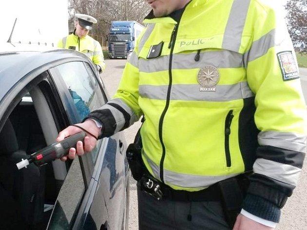 Dopravně bezpečnostní akce policie s cílem eliminovat zejména problémy spojené s požíváním alkoholu.