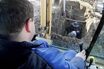 Silný mráz způsobil 26. ledna 2010 v krajském městě havárie na vodovodním potrubí. Největší problémy měla od rána část obyvatel ulice Milady Horákové.