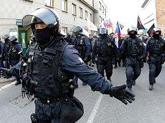 V ROCE 2011 se v Novém Bydžově konal pochod Dělnické strany sociální spravedlnosti.