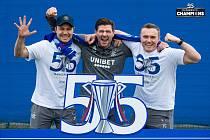 Rangers FC při víkendových oslavách titulu ve skotské lize.