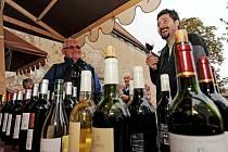 Den české státnosti si můžete zpestřit oslavou vína a burčáku.