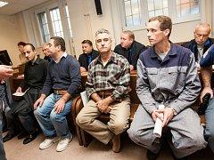 Ahmad Abrouch, Walid Barkat, Hadi Barkat a Pavel Pokorný u Krajského soudu v Hradci Králové.