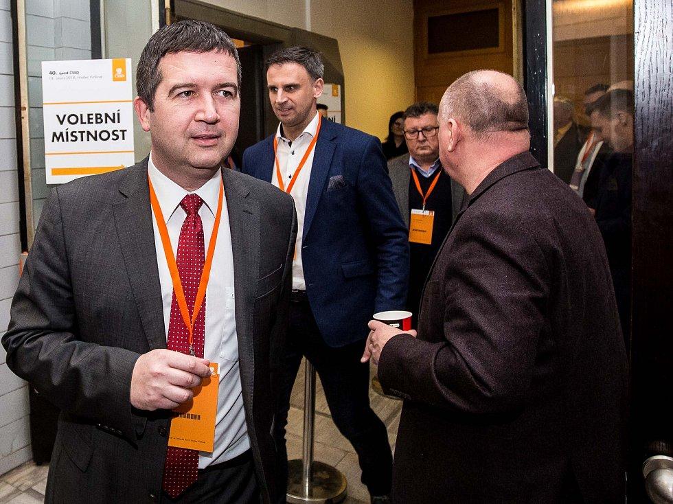Mimořádný sjezd ČSSD v Hradci Králové.