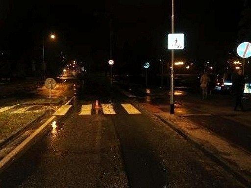 Místo nehody - přechod poblíž hradecké univerzity.