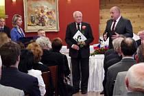 Václav Klaus obdržel cenu Egona Ervína Kische.