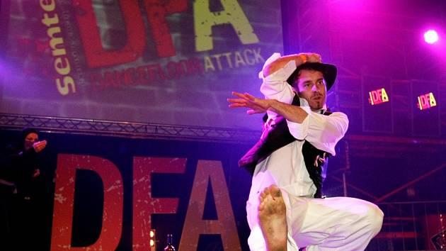 Dance Floor Attack.