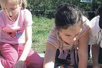 Děti z hradeckých škol oslavily Den Země hrou