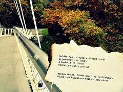 Příklad básně.