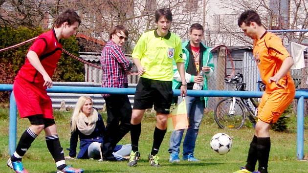 Okresní fotbalová HLDS 3. třída: Slavia Hradec Králové B - Sokol Stěžery.