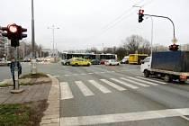 Místo nehody - křižovatka ulic Sokolská a Hradecká.