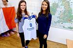 Hradecká ZŠ a MŠ Josefa Gočára se dočkala odměny za adopci italské basketbalové reprezentace.