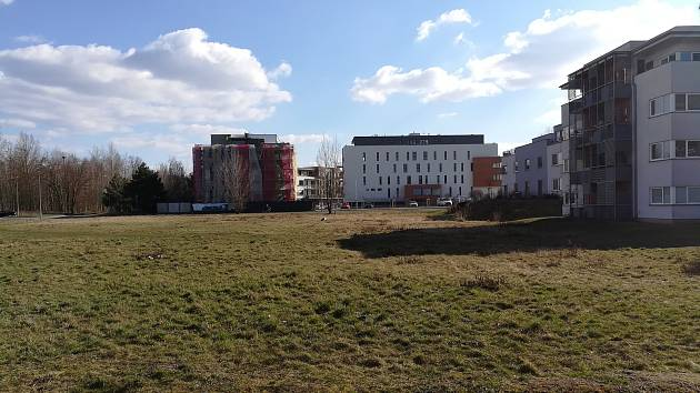 Plachtapark na tomto místě zatím nevznikne. Společnost Stako stáhla žádost o vydání územního rozhodnutí.