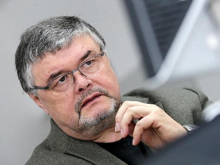 Ladislav Zeman, ředitel Klicperova divadla.