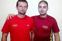 Skeetaři Dukly Hradec Králové Tomáš Nýdrle (vlevo) a Miloš Slavíček.