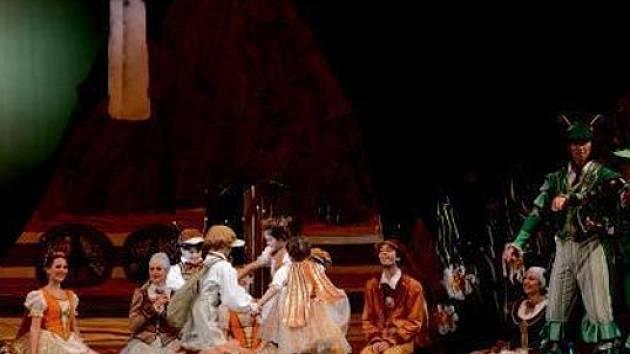 Výpravné představení v nastudování Severočeského divadla opery a baletu.