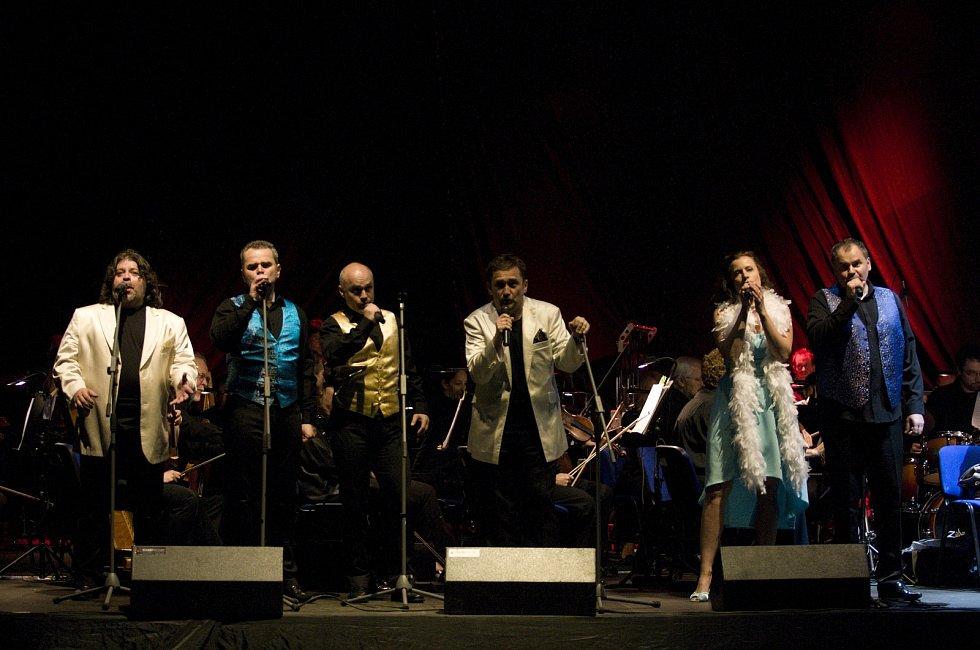 Rock Symphonic Show na Všesportovním stadionu v Hradci Králové.