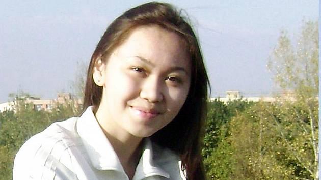 Jmenuje se Alfiya Rustemova a do České republiky přijela studovat z Kazachstánu.