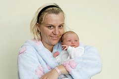 Tobiáš Havrda se narodil 15. května v 00.36 hodin. Měřil 50 centimetrů a vážil 3480 gramů. S maminkou Ivou Havrdovou a tatínkem Tomášem Havrdou žijí v Hradci Králové.