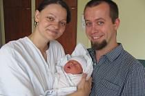 PATRIK BALAŠTÍK poprvé spatřil světlo světa 23. května ve 4.20 hodin. Svým příchodem potěšil rodiče Gabrielu a Patrika Balaštíkovy z Jezbořic.