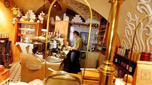 Čajovny jsou téměř v každém městě. Třeba Hradec Králové má hned tři.