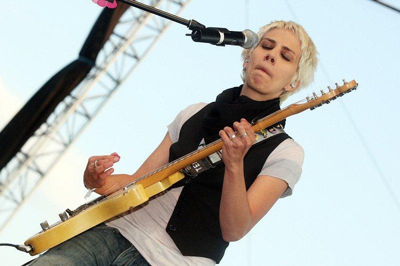Na hradeckém Rock for People 2008 vystoupila i první česká Superstar