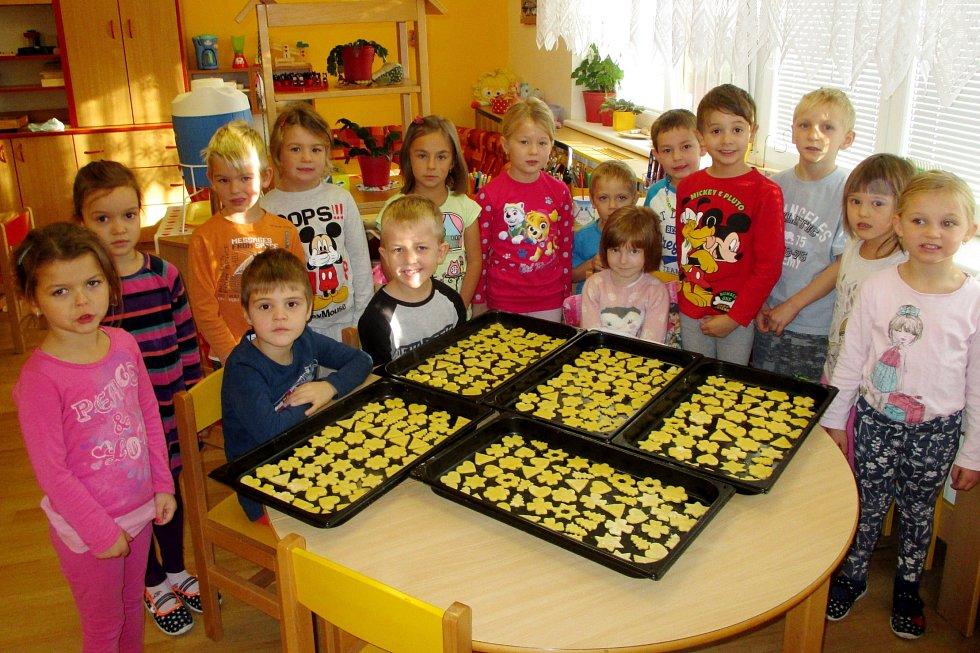 Děti z chlumecké Mateřské školy Beruška.