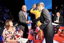 Lídři politických stran během předvolební debaty televizní stanice ČT24.
