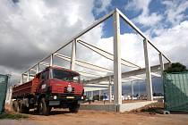 Stavba nového obchodního domu
