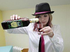 Soutěž barmanů - studentů Hotelové školy v Třebechovicích.