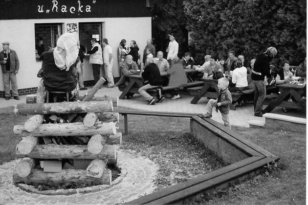 Obec pořádala a stále pořádá několik kulturních akcí, například dětský den, čarodějnice, vítání občánků, sportovní, hasičské akce a plesy.Zdroj: Obecní úřad Humburky, Sbor dobrovolných hasičů Humburky.