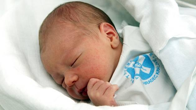 Kryštof Minici se narodil 13. ledna v 16.48 hodin, a to s mírou jednapadesát