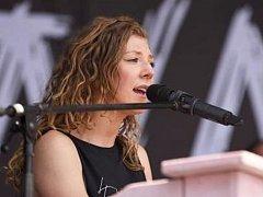 Na festivalu Hrady CZ nechyběla ani talentovaná zpěvačka Lenny.