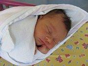 MELISA DEMETEROVÁ se narodila 16. května v 18.55 hodin. Měřila 49 cm a vážila 3160 g. Radost udělala rodičům Kateřině Čurejové a Michalu Demeterovi z Nového Bydžova.