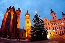 Vánoční výzdoba a osvětlení v Hradci Králové.
