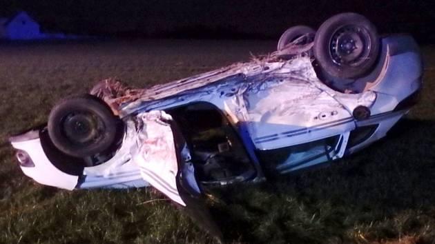Dopravní nehoda dvou osobních automobilů u Olečnice.