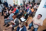 Setkání s hejtmanem Královéhradeckého kraje v domově důchodců v Černožicích.