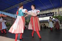 Folklórní festival Pardubice - Hradec Králové v okolí Masarykova náměstí v Hradci Králové.