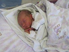 VERONIKA PIVOŇKOVÁ se narodila  13. února v 02.22 hodin. Měřila 47 centimetrů, vážila 2730 gramů a obrovskou radost udělala mamince Janě, tatínku Petrovi a sestře Elišce z Hradce Králové.