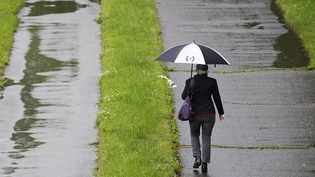 Deštivé počasí v Hradci Králové.