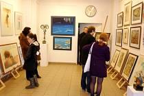 Vánoční výstava výtvarných prací vybraných současných i dnes již nežijících autorů v královéhradecké galerii Koruna v Kopečku.