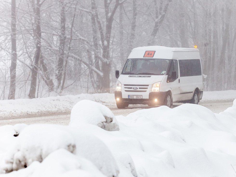 Sníh a doprava na Královéhradecku.