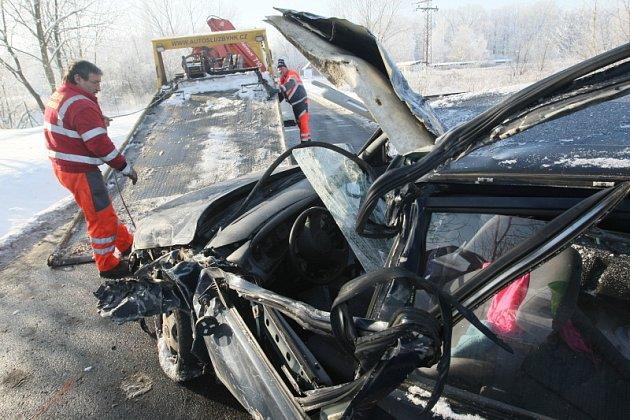 Vážná dopravní nehoda 9. ledna 2009, výjezd z Hradce Králové na Vysokou nad Labem