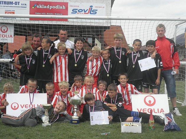 ÚSPĚŠNÍ byli na prvním ročníku domácího turnaje Veolia Cup nejmladší probluzští fotbalisté.