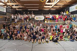 Výhry rozdány. Pětatřicet škol si rozdělilo jeden milion korun na sportovní vybavení.