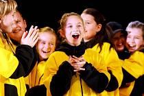 V kongresovém centru Aldis začal v sobotu úderem 10 hodiny Emco Dance Life Tour 2008. Jedná se o regionální kolo soutěže tanečních formací pro Královéhradecký a Pardubický kraj.