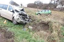 Nehoda u Světí: jeden z řidičů na následky zranění zemřel.