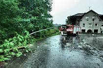 Hasiči znovu museli zasahovat po bouřce.