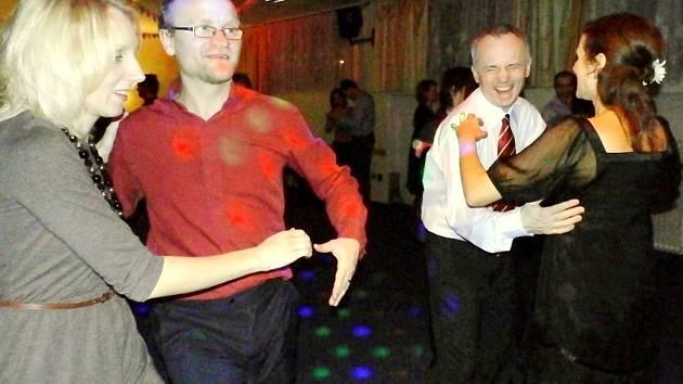 Valentýnské taneční pro manželské páry.
