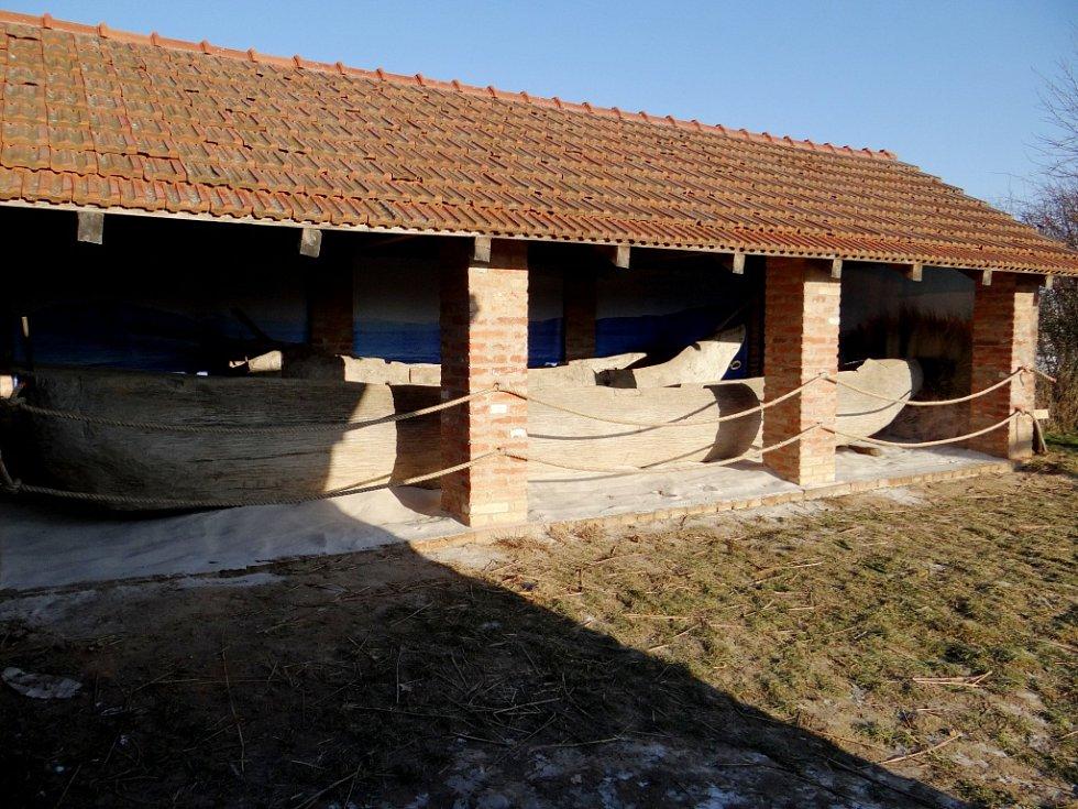Připomínka Expedice Monoxylon v Archeoparku Všestary.